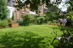 Woollen House Communal Gardens_7
